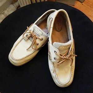 SOLD - Sperrys - Size 8